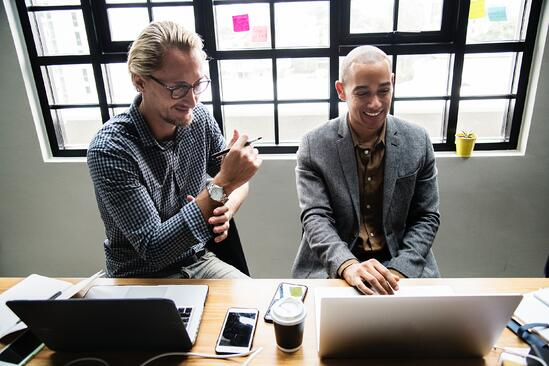 3 Benefits of Reverse Mentoring: The simple and cheap way leaders can prep for the future